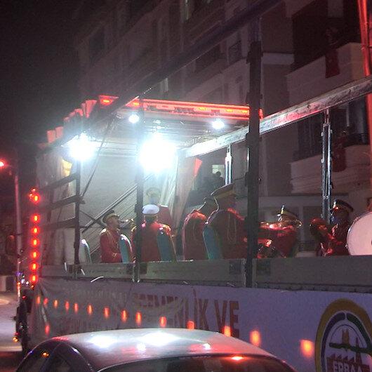Tokatta TIR üzerinde bandolu Ramazan eğlencesi