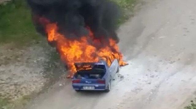 Ordu'da seyir halindeki otomobil alev alev yandı
