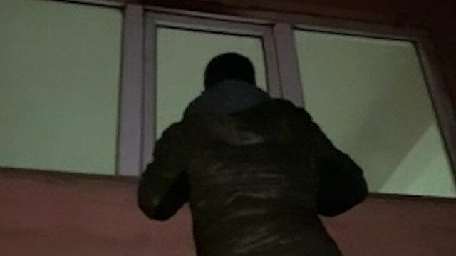 Beyoğlu'nda polis önce cama tırmanıp kontrol etti sonra baskın yaptı