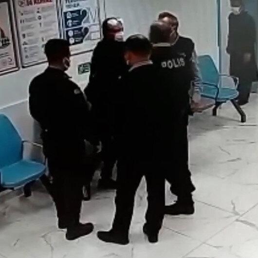 Samsunda kendisine yardım eden polise tokat atarak saldıran şahıs kamerada