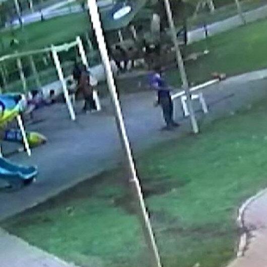 Şanlıurfada çocukların üzerine çıktığı kamelyanın çökme anı kamerada