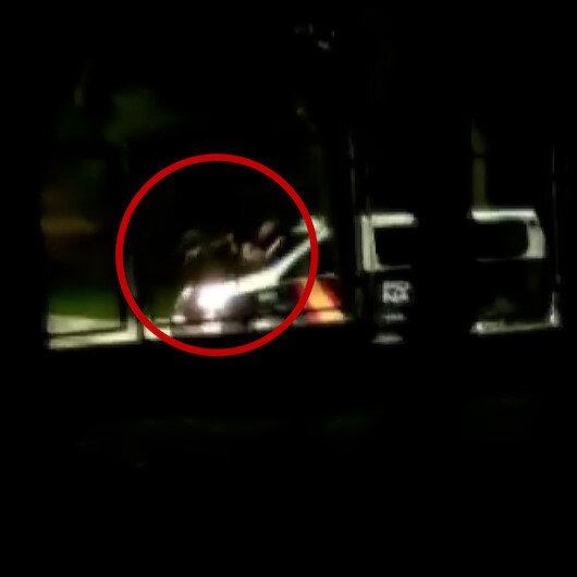 İspanyada polis, baltalı saldırganı araçla çarparak durdurmaya çalıştı