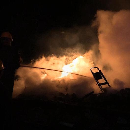 Kastamonuda 3 köy ev ile 1 otomobil yandı: 2 ölü, 1 yaralı