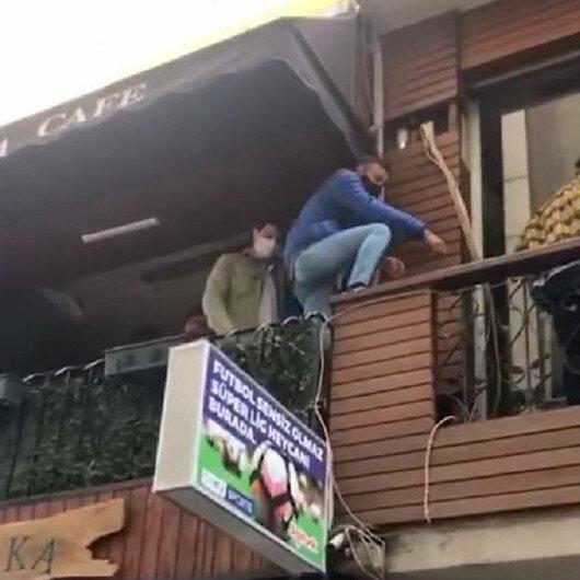 Trabzonda kısıtlamada açık olan kafeye polis baskını: İçerideki bir grup genç balkondan balkona kaçtı