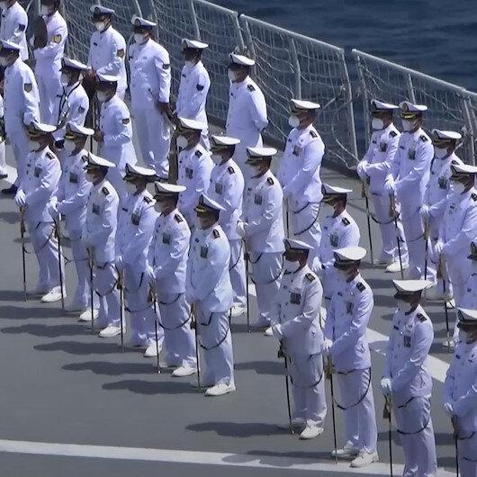 Endonezyada denizaltı kazasında hayatını kaybedenler için ailelerinin de katıldığı tören düzenlendi