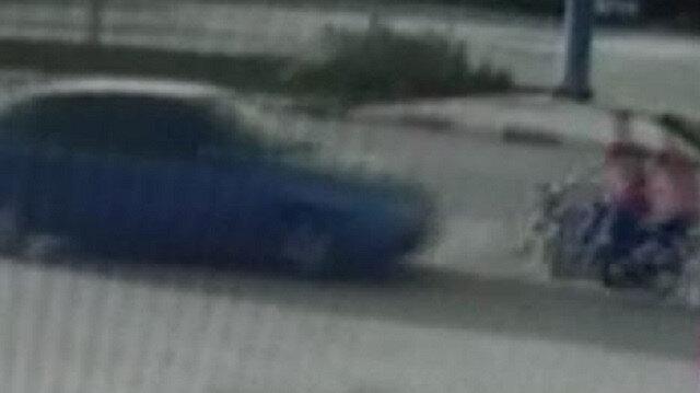 Manisa'da ters yöne giren motosiklet, otomobille kafa kafaya çarpıştı