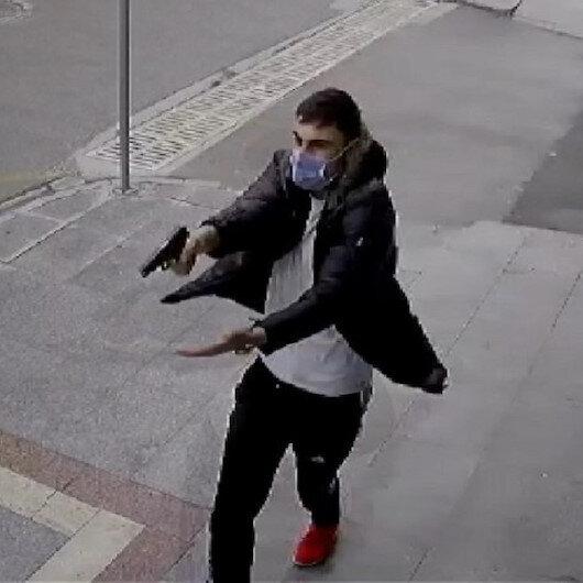 Kocaelide 16 yaşındaki genç sokak ortasında iki kişiyi böyle vurdu