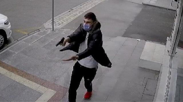 Kocaeli'de 16 yaşındaki genç sokak ortasında iki kişiyi böyle vurdu