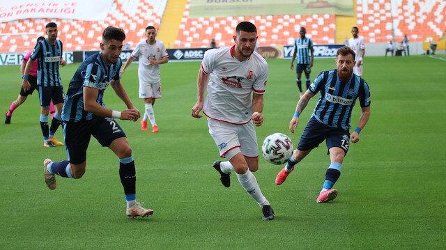 Adana Demirspor-Balıkesirspor maçında 'tamamen duygusal' (💵) ofsayt kararı