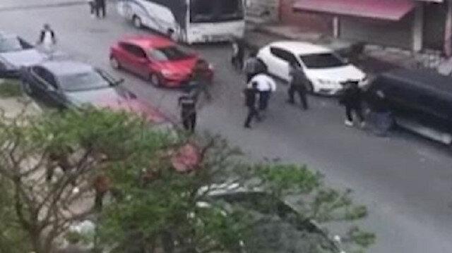 Gaziosmanpaşa'da iki grup arasında bıçaklı kavga