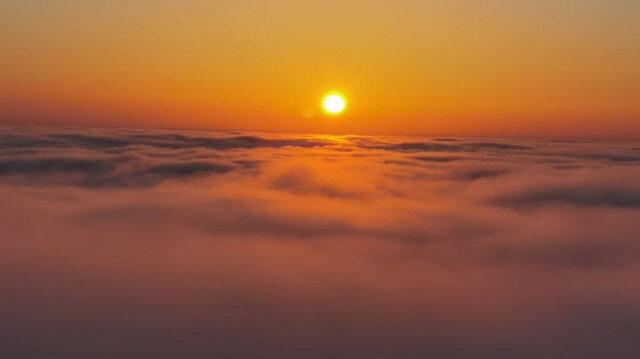 Doğu Karadeniz'de sis bulutlarının görsen şöleni