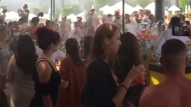 Antalya'da 'pes' dedirten görüntü: Otelde hınca hınç korona partisi