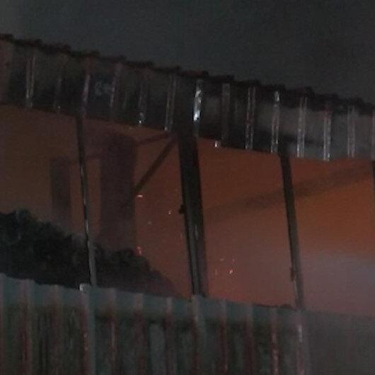 Arnavutköyde izolasyon malzemesi üreten fabrikada yangın çıktı