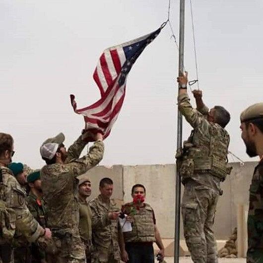 ABD askerlerinin Afganistan'dan çekilmesi sürüyor: Antonik Kampı'ndaki bayrak böyle indirildi