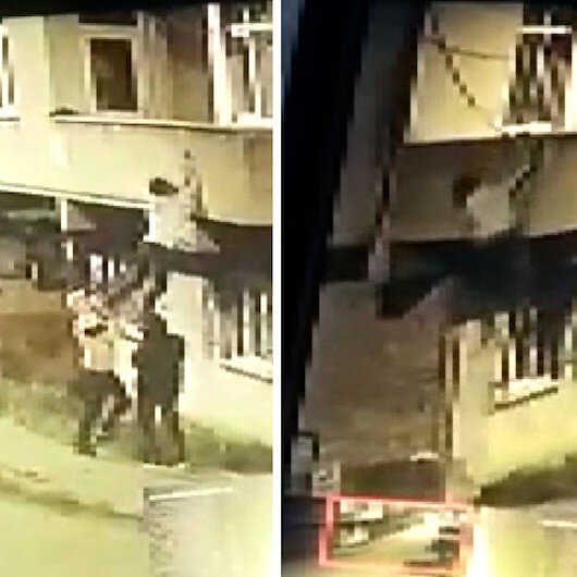 Ev sahibinin fark ettiği hırsızın balkondan atlaması kameraya yansıdı