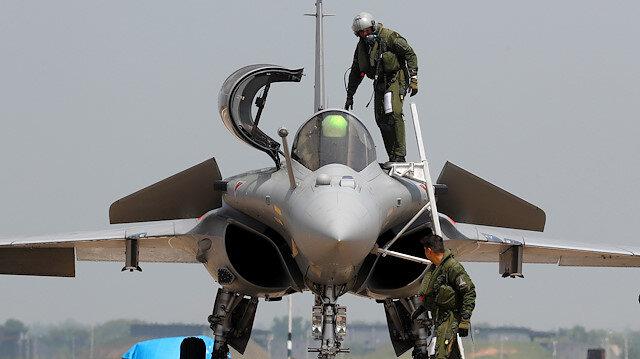 Mısır 30 Rafale savaş uçağı alıyor