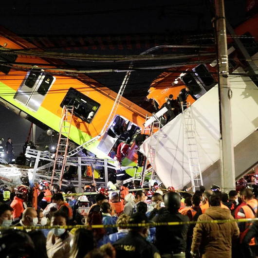 Meksika'da metro üst geçidi çöktü: 13 ölü 70 yaralı var