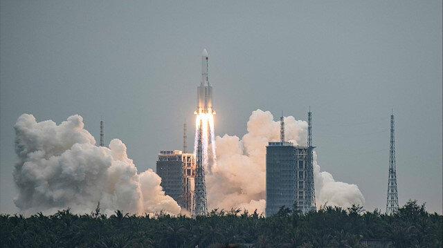 Kontrolden çıkan Çin roketi ilk kez görüntülendi