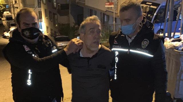 Gaybubet evlerindekilere 'maaş' dağıtan FETÖ'cü Mehmet Biricik yalın ayak kaçmaya çalışırken yakalandı