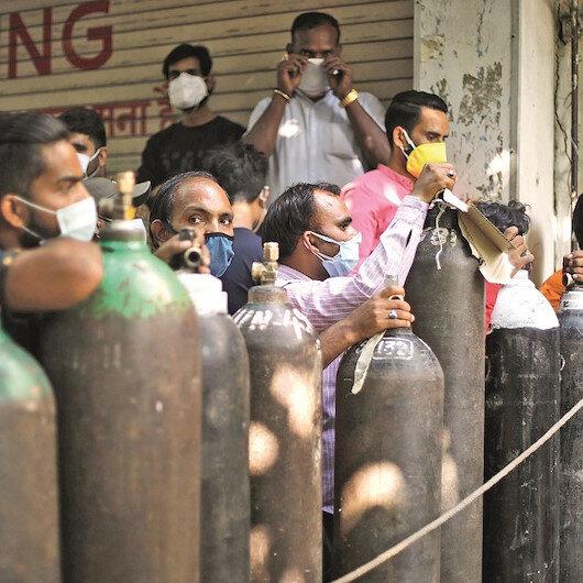 Yeni Şafak Hindistan'ı vuran salgının tanıklarıyla konuştu : İlacı karaborsadan alıyoruz