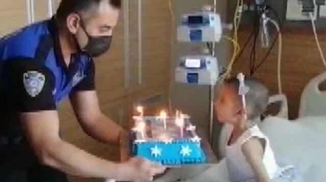 Adana polisinden lösemi hastası Miray'a doğum günü sürprizi