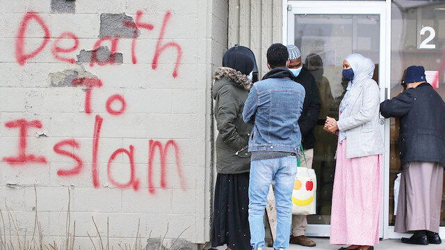 Saldırganı affedip camiye davet etti