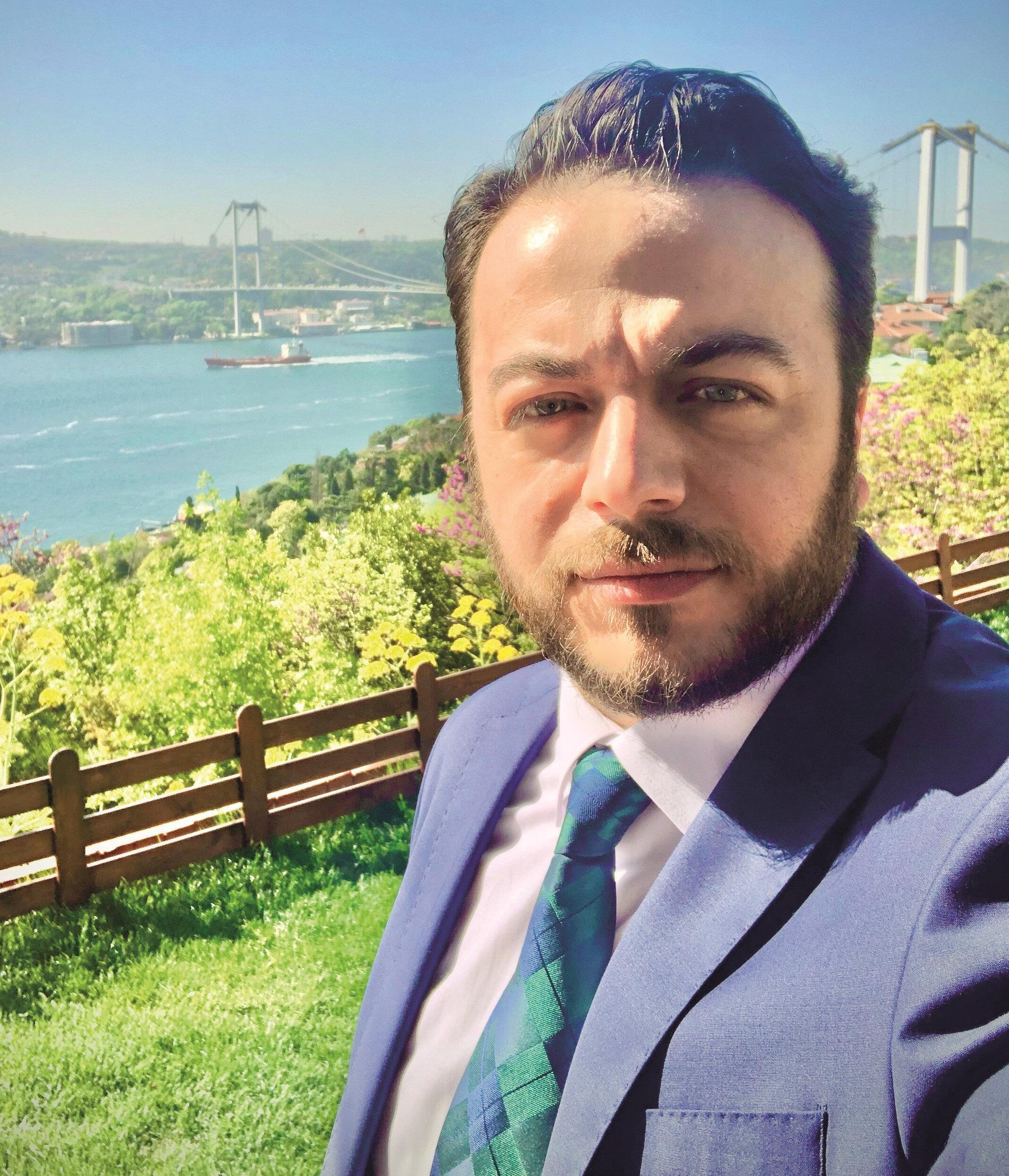 TRT Sinema Müdürü Faruk Güven