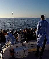 Türk ekipler 53göçmeni kurtardı