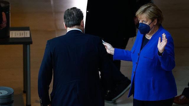 Merkel aşı patentlerinin kaldırılmasına karşı olduğunu açıkladı