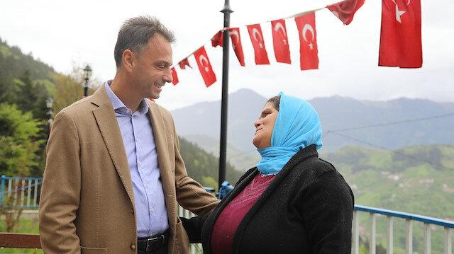 Maçka Belediye Başkanı Koray Koçhan'dan şehit Eren Bülbül'ün annesine ziyaret