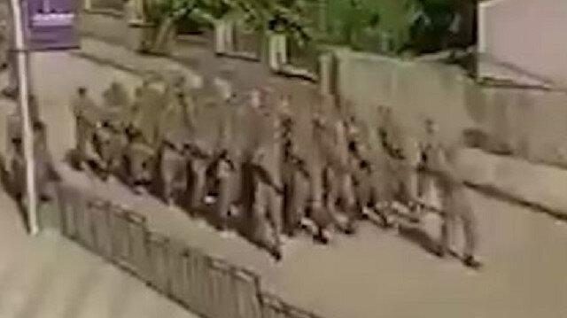 Şuşa'da Azerbaycan askerlerinden Mehter'li geçit