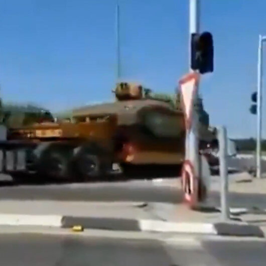 İşgalci İsrailden Gazze sınırına askeri sevkiyat