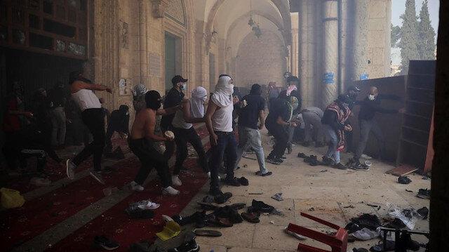 Filistin Aksa'yı savunuyor biz neredeyiz