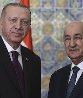 Cezayir Cumhurbaşkanı ile İsrailin saldırılarını görüştü