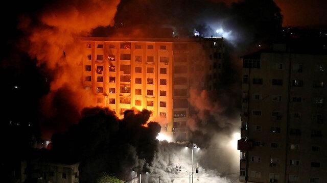 İşgalci İsrail'in Gazze'ye düzenlediği saldırılarda biri çocuk 2 Filistinli daha şehit oldu