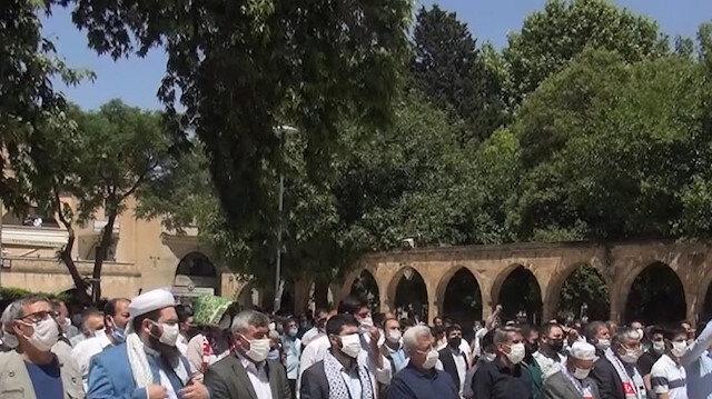 İşgalci İsrail'in saldırılarında şehit olan Filistinliler için Şanlıurfa'da gıyabi cenaze namazı kılındı