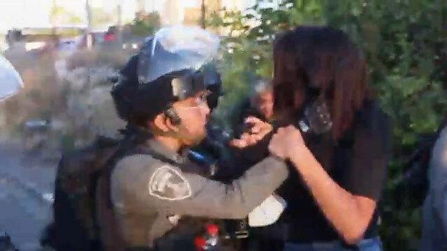 İşgalci İsrail polisi, Şeyh Cerrah Mahallesi'nde Filistinli kadınları darbetti