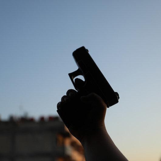 Balkona çıkıp rastgele ateş etti: Yatağında uyuyan çocuğu hayattan kopardı