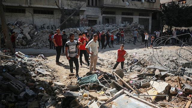 İşgalci İsrail'in Gazze'ye yönelik saldırılarında 10 binden fazla kişi yerinden edildi