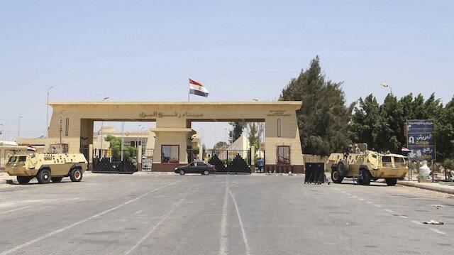 Mısır Filistinli yaralılar için Refah Sınır Kapısı'nı açtı