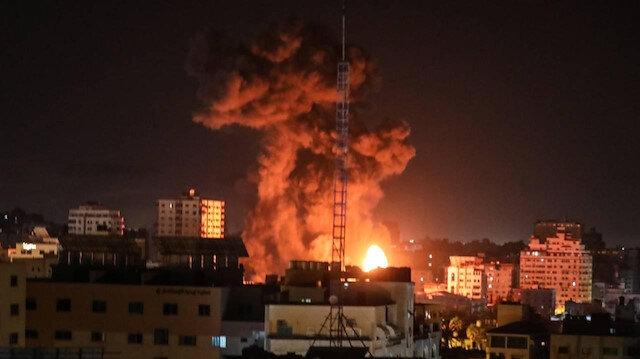 İşgalci İsrail Gazze'de birçok noktaya yoğun saldırılar düzenledi