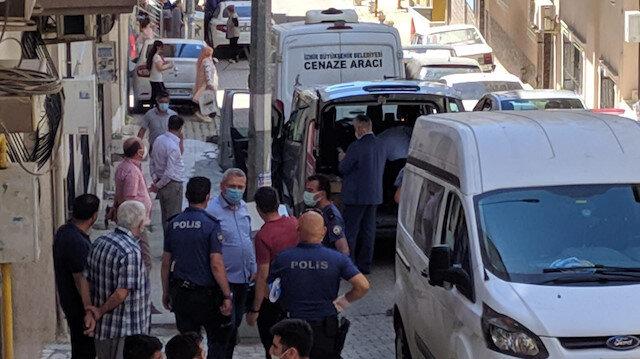 Kızımı öldürdüm: İzmir'de bir anne tartıştığı kızını boğarak öldürdüğünü itiraf etti