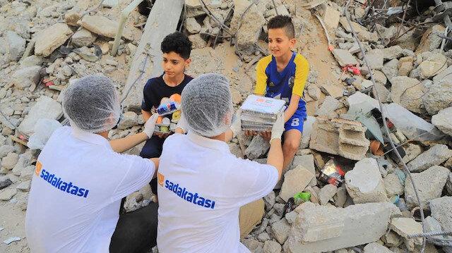 Sadakataşı'ndan Filistin'e 1 milyon TL'lik yardım