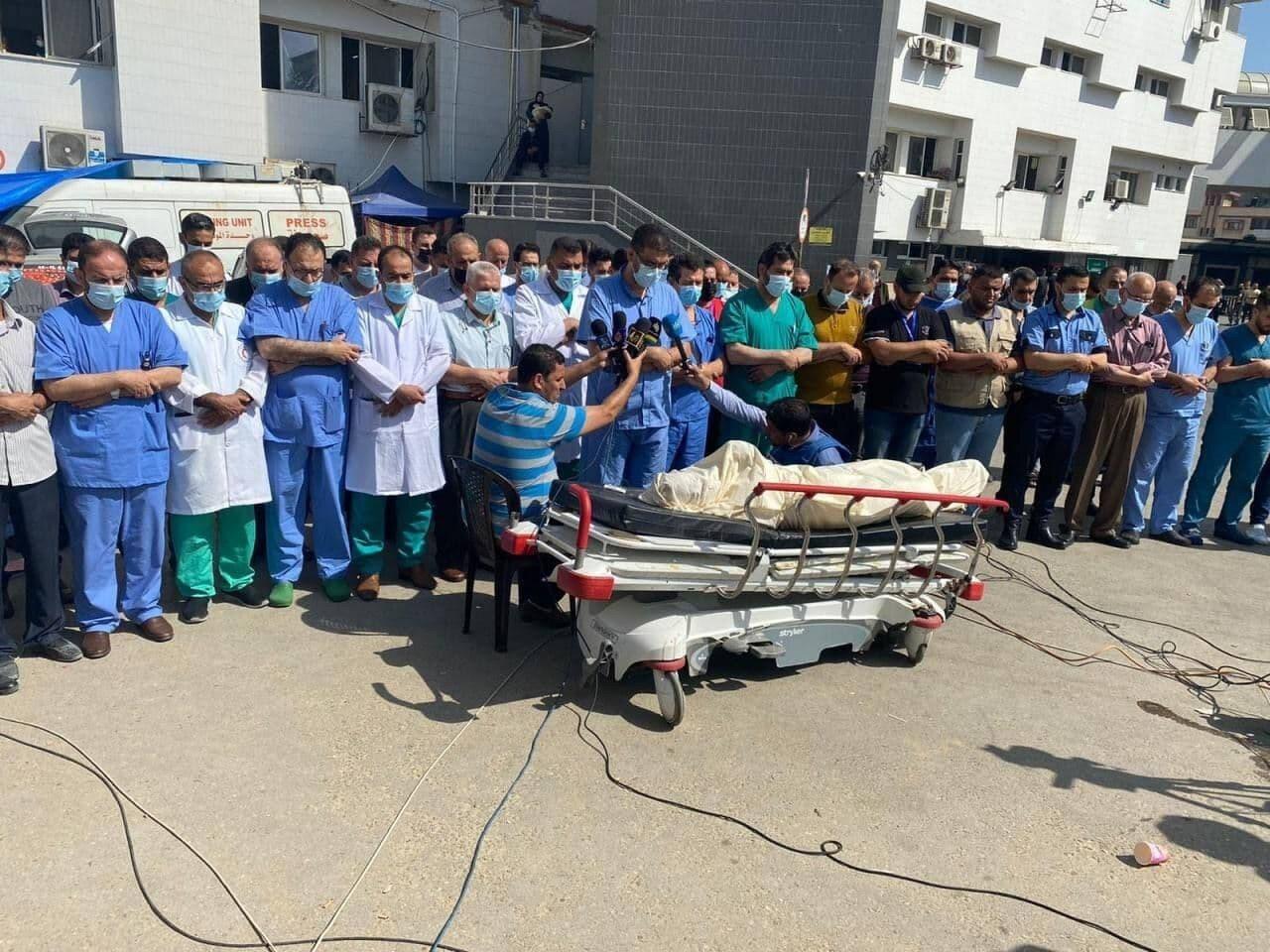 Israil saldırılarında iki doktor hayatını kaybetti.