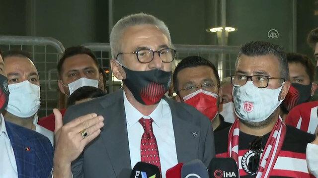 Antalyaspor Başkanı Mustafa Yılmazdan Nihat Özdemire: Sayı saymasını bilmiyor