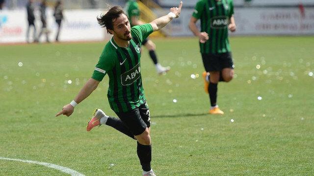 Süper Lig'den talipleri olan Recep Niyaz takımından ayrıldı