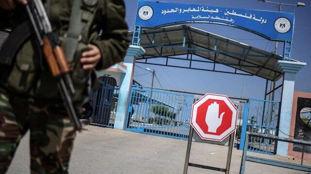 İşgalci İsrail kuvvetleri Gazze sınırlarını kapattı