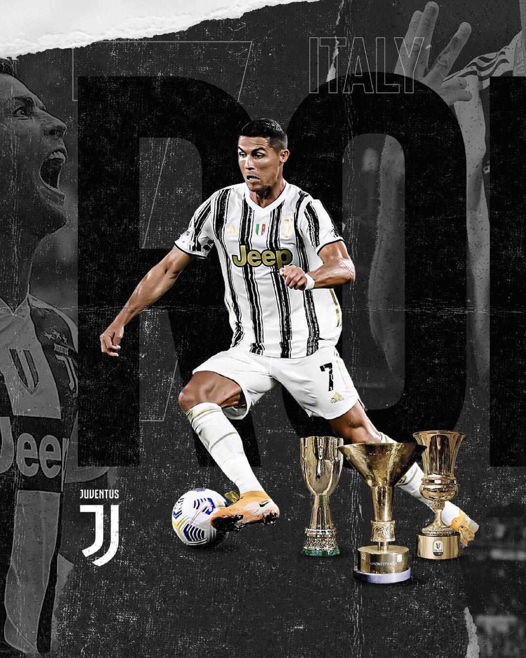 Ronaldo paylaşımında kazandığı kupaların görsellerine ver verdi.