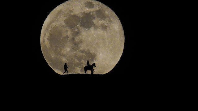Görenler hayran kaldı: Yurt genelinde muhteşem Süper Ay manzaraları