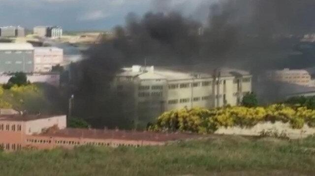 Arnavutköy'de bir iş yerinde yangın çıktı